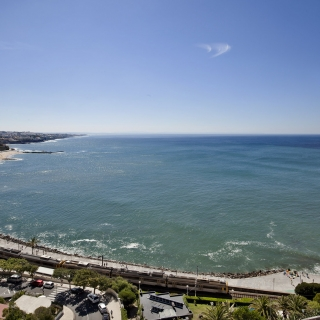 ESTORIL EDEN ****